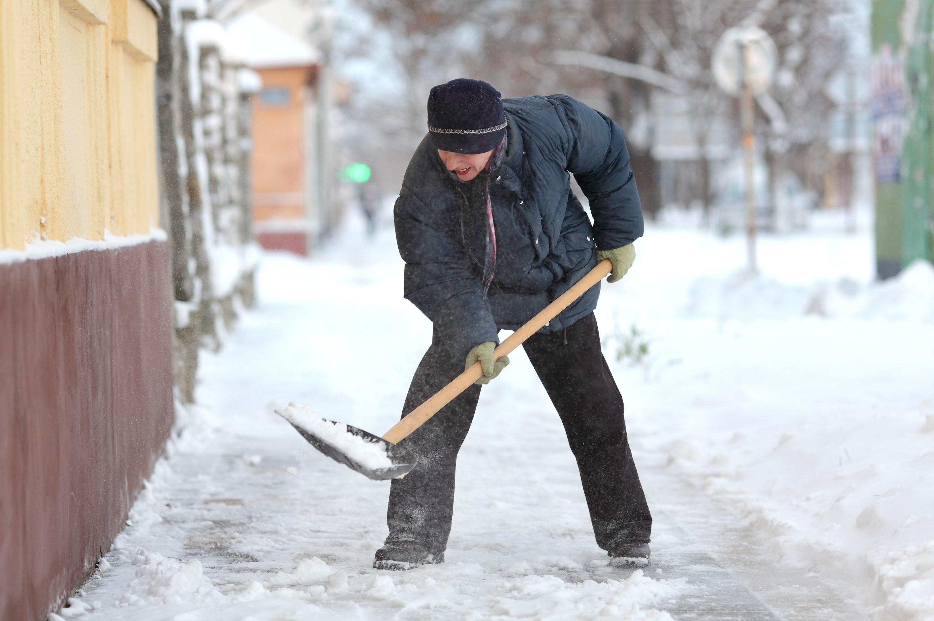 Shoveling Snow? Be Careful!